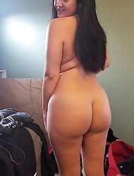 Fatty chinese damsel loves nudism so much